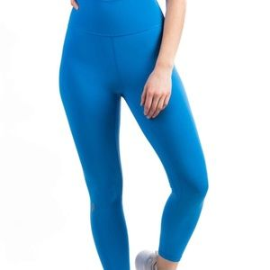 P'tula The Alainah II Legging 23 in. Azure Blue